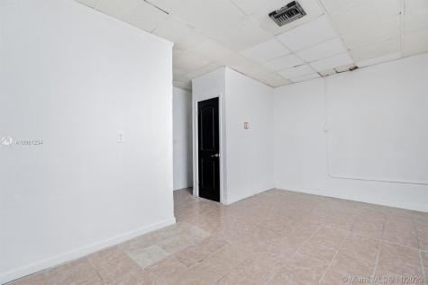 2822 E Commercial Blvd Fort Lauderdale FL 33308