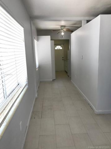 1135 Euclid Ave Miami Beach FL 33139