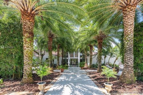 11400 SW 95th Ave Miami FL 33176