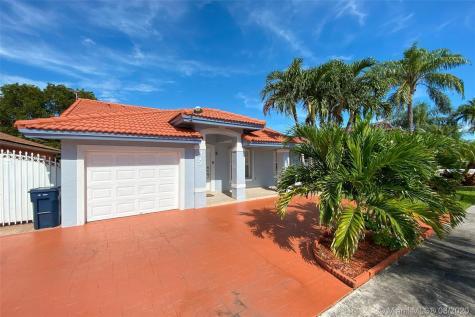 972 NW 128th Pl Miami FL 33182