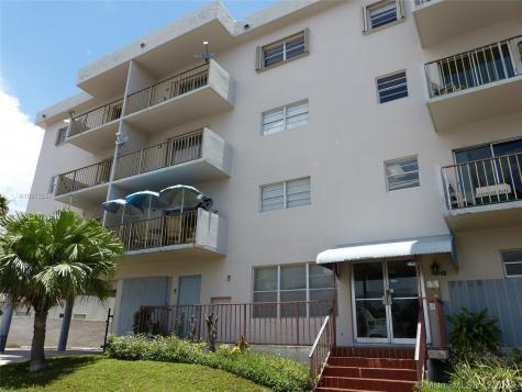 7125 Bonita Dr Miami Beach FL 33141