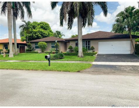 12101 SW 97th Ter Miami FL 33186