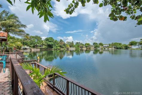 871 Heron Ave Miami Springs FL 33166