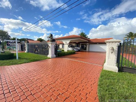 13921 SW 16th St Miami FL 33175