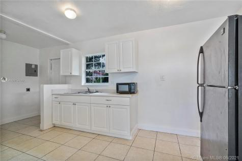 3029 NW 8th Ct Fort Lauderdale FL 33311