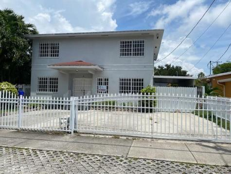 2411 NW 3rd St Miami FL 33125