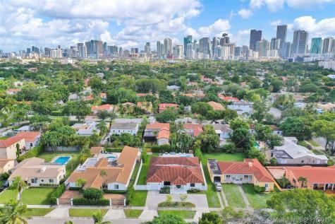 555 SW 27th Rd Miami FL 33129