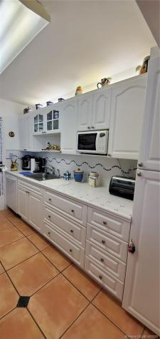 5401 Collins Ave Miami Beach FL 33140