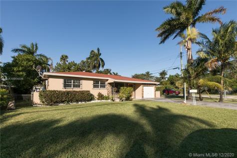15840 NE 2nd Ave Miami FL 33162