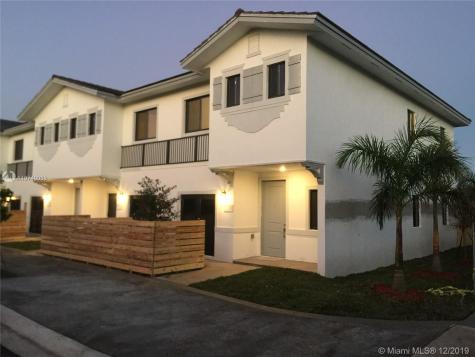 13313 SW 250 Ter Miami FL 33032