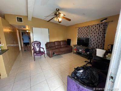 272 NW 30th Ter Fort Lauderdale FL 33311