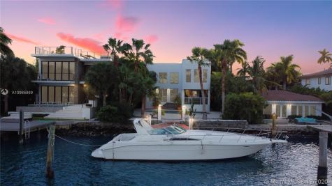 251 N Coconut Ln Miami Beach FL 33139