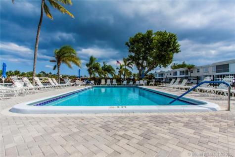 6393 Bay Club Dr Fort Lauderdale FL 33308