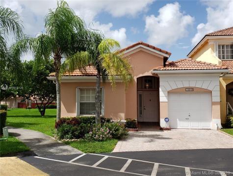 10248 SW 162nd Pl Miami FL 33196