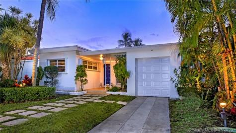 560 W 51st St Miami Beach FL 33140
