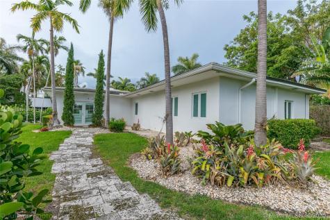 121 4th san marino terrace Miami Beach FL 33139