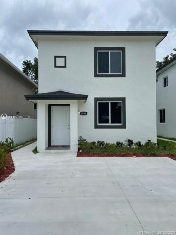 3036 NW 45 st Miami FL 33142