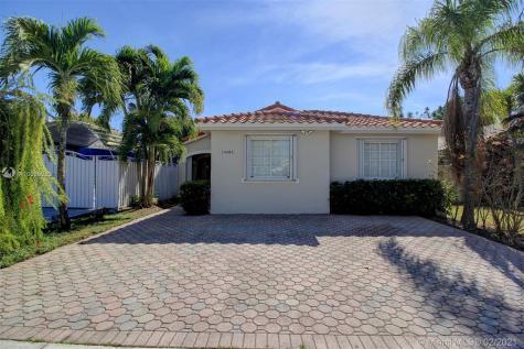 14606 SW 115th Ter Miami FL 33186