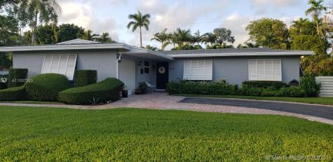 8021 SW 89th Ter Miami FL 33156