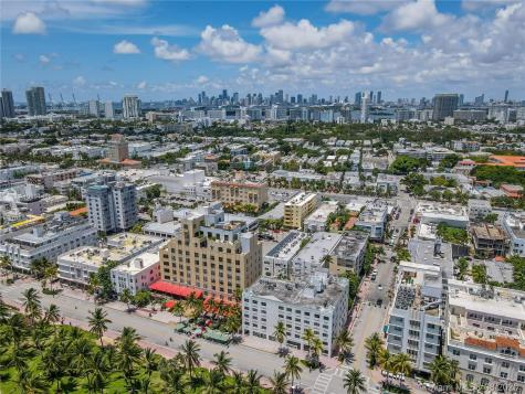 1390 Ocean Dr Miami Beach FL 33139