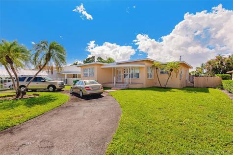 130 SW 48th Ave Miami FL 33134