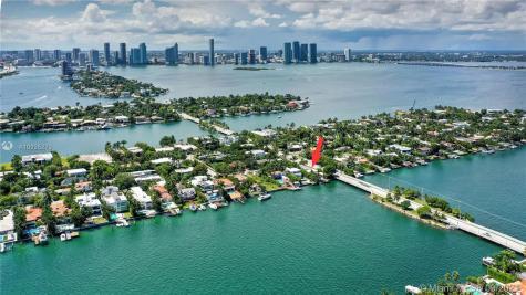 425 E Di Lido Dr Miami Beach FL 33139