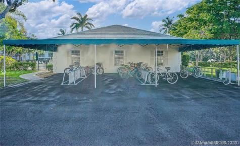 6345 Bay Club Dr Fort Lauderdale FL 33308