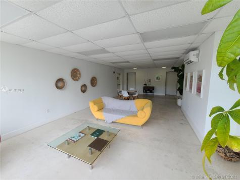 1750 James Ave Miami Beach FL 33139
