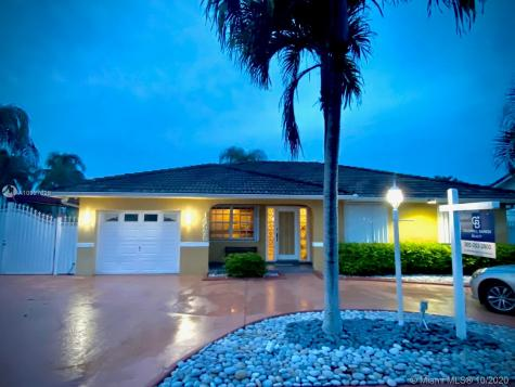 14525 SW 156th Ter Miami FL 33177