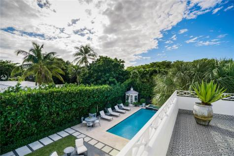 2534 Flamingo Dr Miami Beach FL 33140