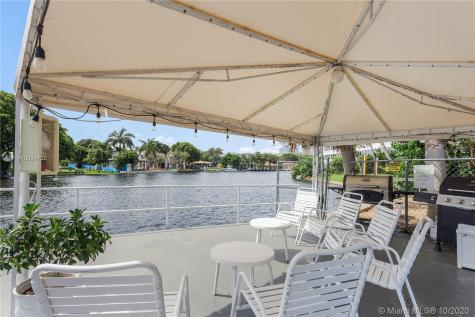 1000 SE 4th St Fort Lauderdale FL 33301