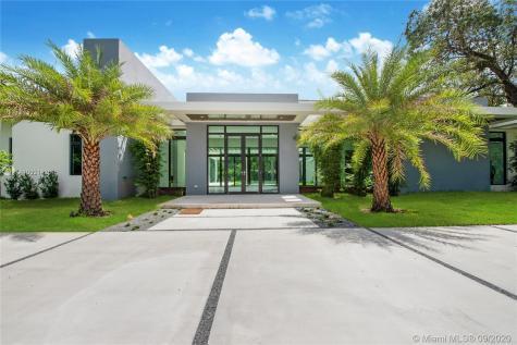 8945 SW 100th St Miami FL 33176