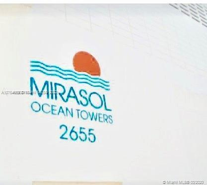 2655 Collins Miami Beach FL 33140