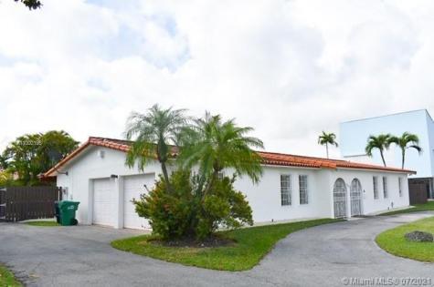 8720 SW 54th St Miami FL 33165