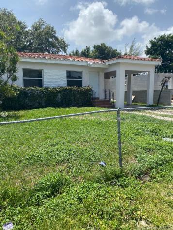 1414 NW 69th Ter Miami FL 33147