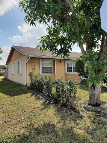 15378 SW 69th Ln Miami FL 33193
