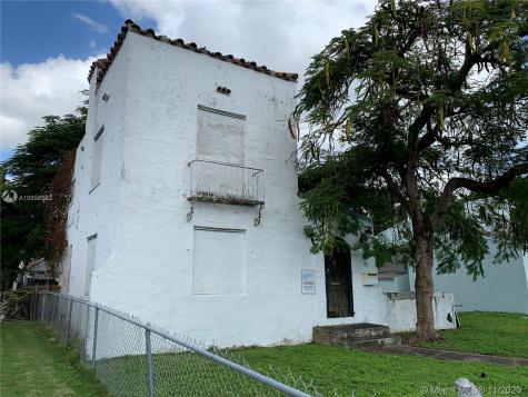 31 NE 51st St Miami FL 33137