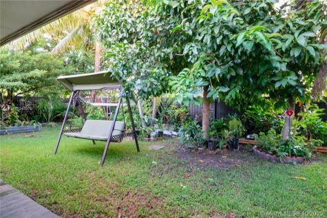 19741 SW 114th Ct Miami FL 33157