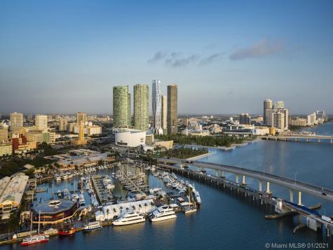 1000 Biscayne Blvd Miami FL 33132