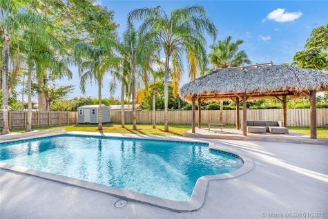 8740 SW 126th Ter Miami FL 33176