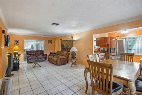1201 SW 43rd Ave Miami FL 33134