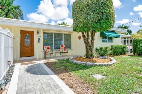 1737 SW 4th St Fort Lauderdale FL 33312