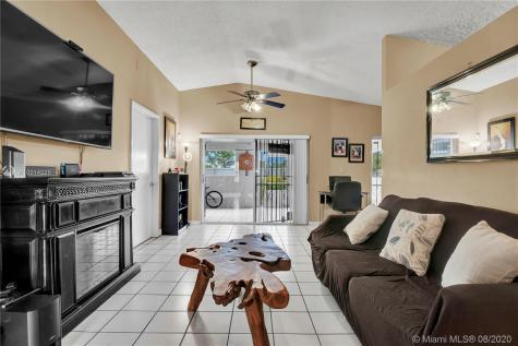 11870 SW 210th Ter Miami FL 33177