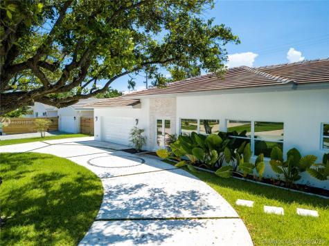 5141 NE 26th Ave Fort Lauderdale FL 33308