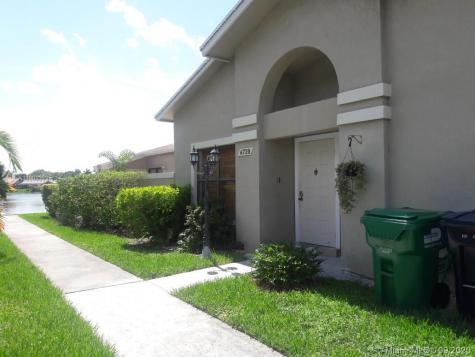 6720 SW 152nd Pl Miami FL 33193