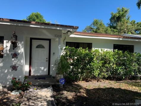 10611 NW 6th Ave Miami FL 33150