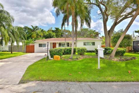 13801 NE Miami Ct Miami FL 33161
