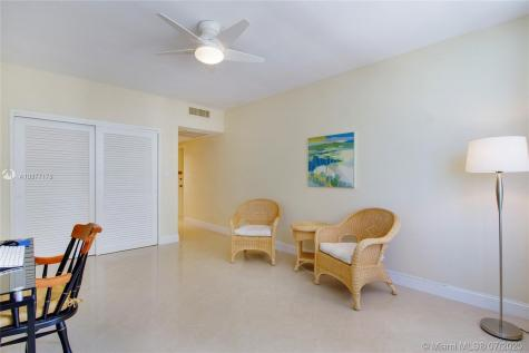 4747 Collins Ave Miami Beach FL 33140