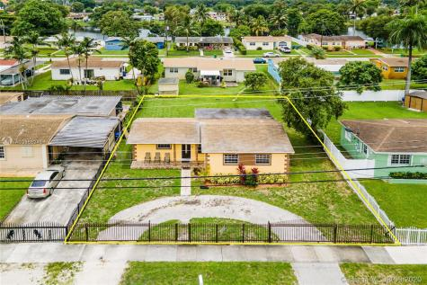 2310 NW 175th St Miami Gardens FL 33056