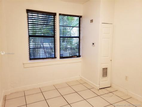 7149 Bay Dr Miami Beach FL 33141